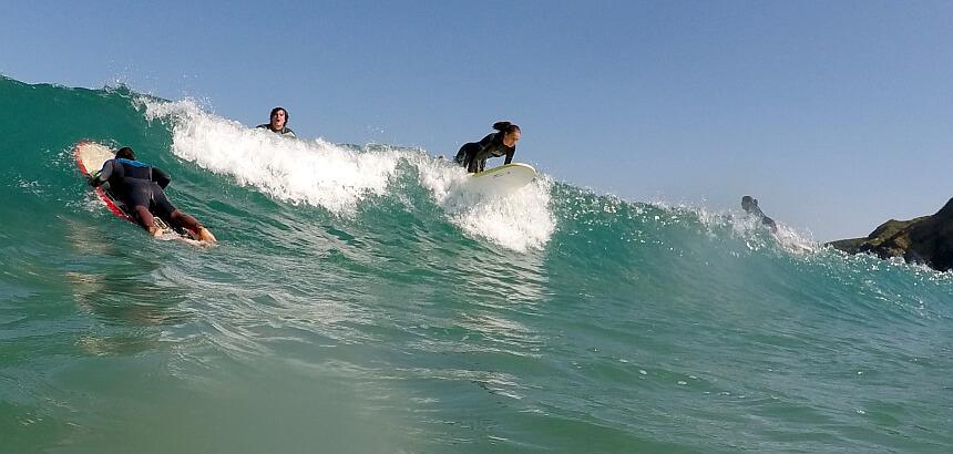 Surfen lernen im Lineup