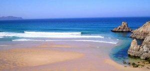 IN SPANIEN SURFEN: KANTABRIEN