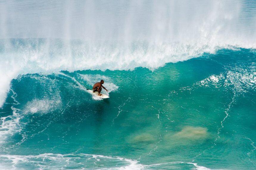Surfer auf Fernando de Noronha