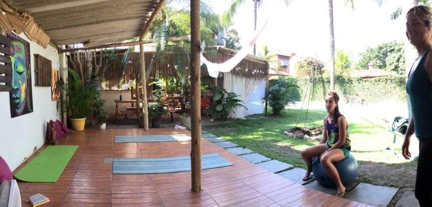 Rio Surfen_Neue Freiraum Yoga Area im Rio SurfnStay
