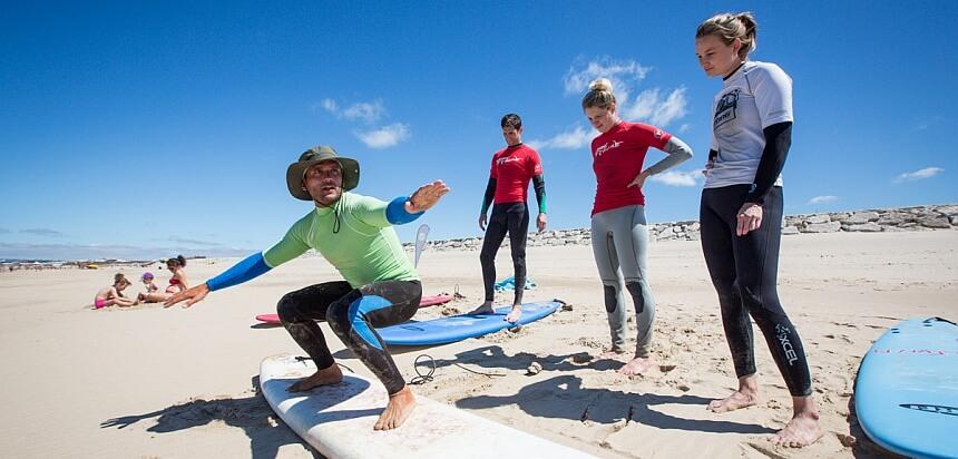 Surfkurs von der Lodge