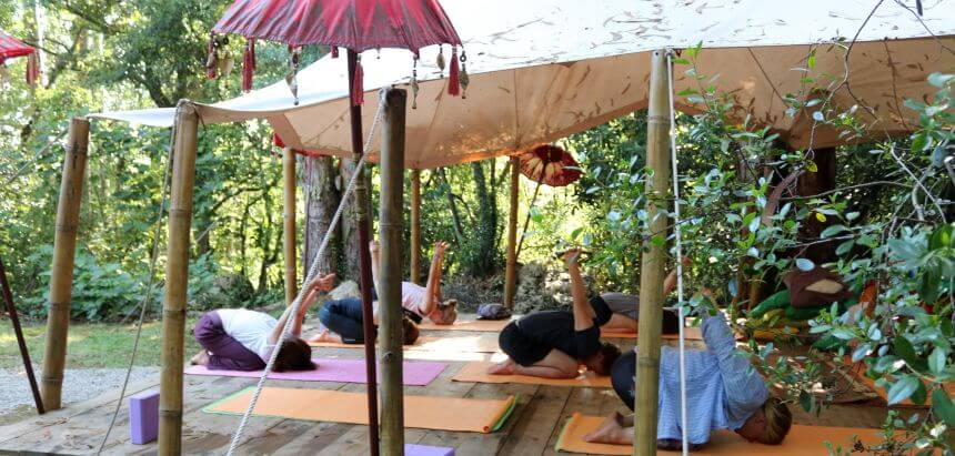 Yoga Session im Dreamsea Yoga Tempel