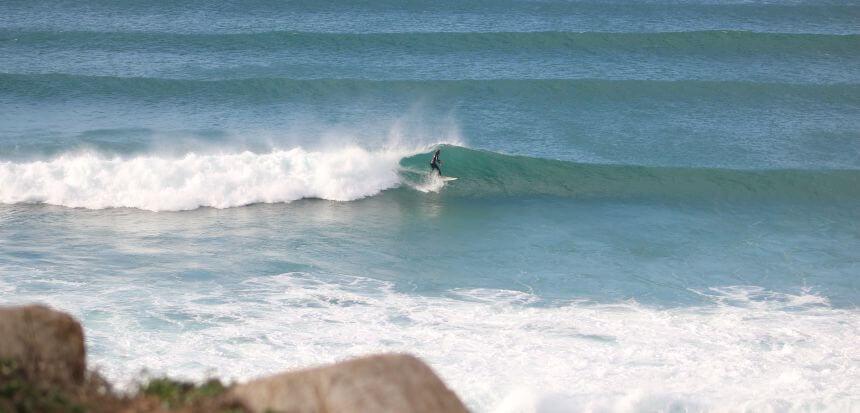 Das Surfen von Meereswellen lässt sich nicht mit dem Indoor Surfen vergleichen
