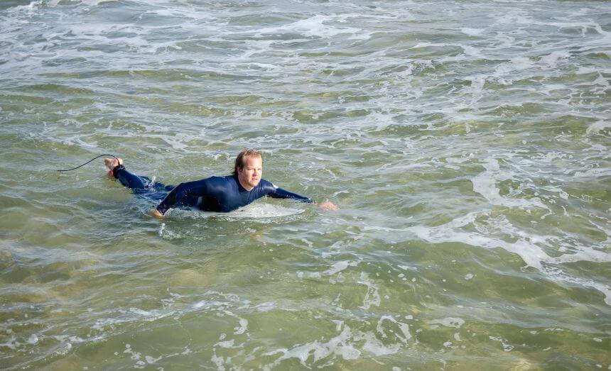 Wasser im Ohr ist bei Surfern das erste Anzeichen fürs Surfers Ear