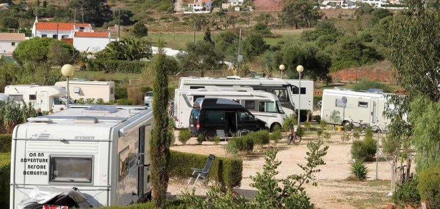 On an adventure before dementia_typische Zielgruppe der Camping- und Stellplätze in Portugal