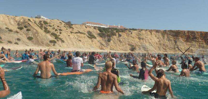 Paddle Out For Nature 2018 am Praia da Mareta in Sagres_Portugal
