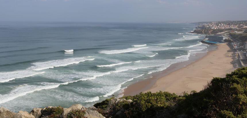 Traumhafte Surfbedingungen am Hausstrand Praia Grande