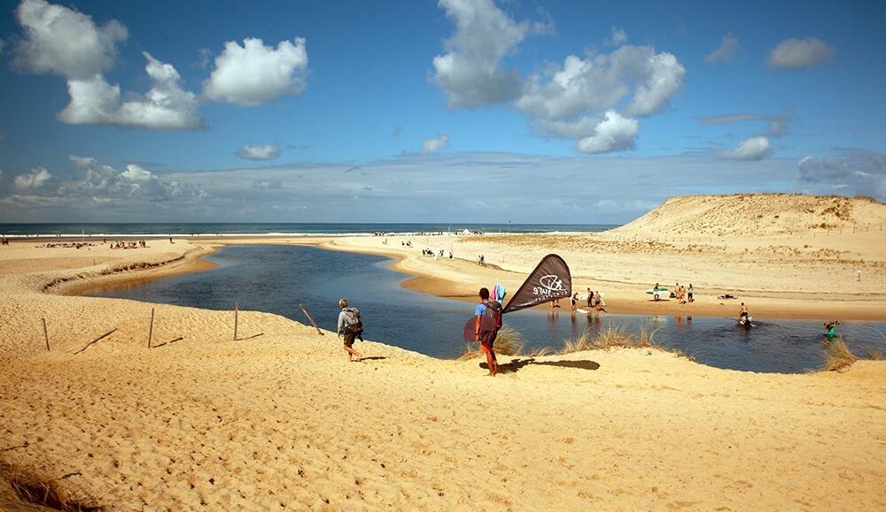 Surfspot befindet sich an der berühmten Flussmündung von Moliets Plage
