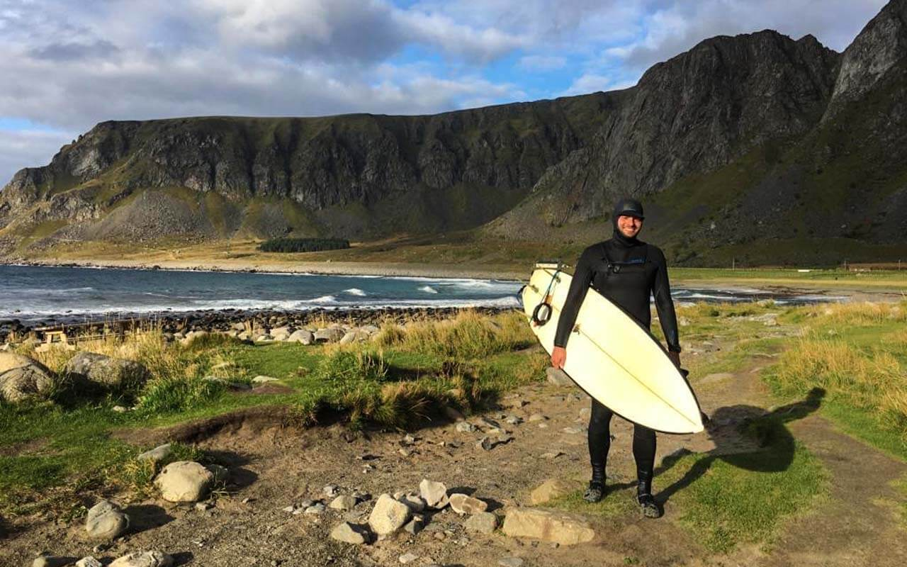 surfen-lofoten-ausruestung-neoprenanzug