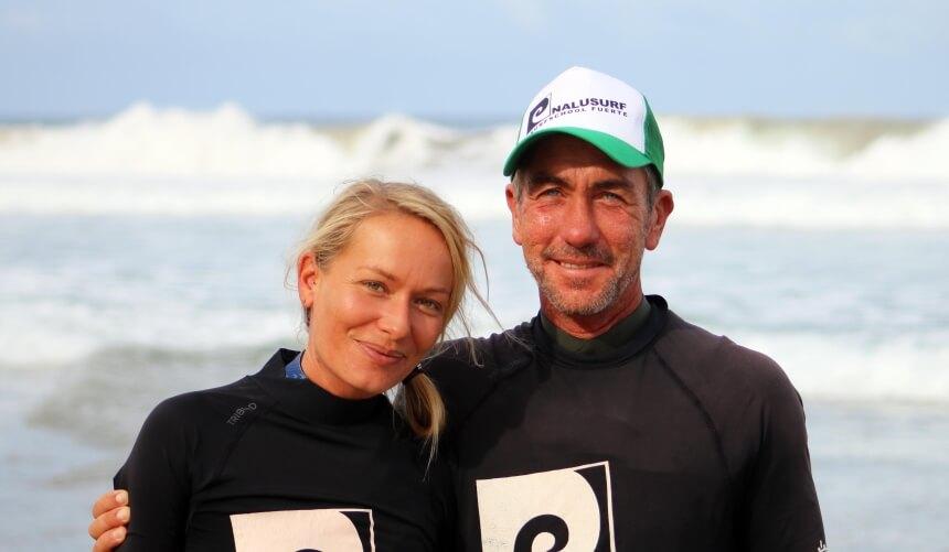 Frida und Ralf von Nalusurf Surfschule & Surfcamp Fuerteventura