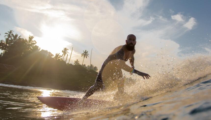 Surfen in Indien ist besser als viele denken - Varkalla