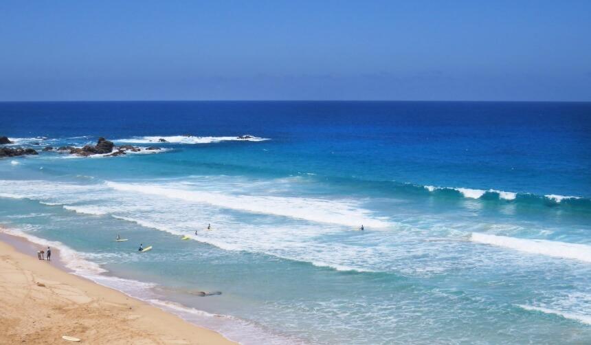 Surfkurs am Strand von El Cotillo in Fuerteventura