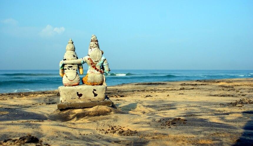 Varkalla - surfen in Indien