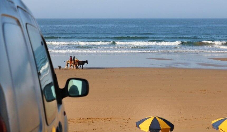 Mit einem Mietwagen ist man in Marokko am flexibelsten