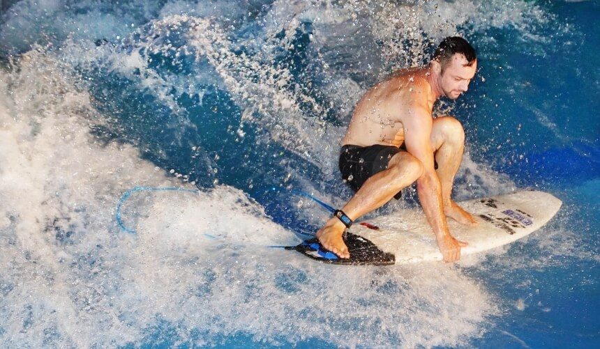 River Surfboards sind kurz, dünn und haben viel Rocker
