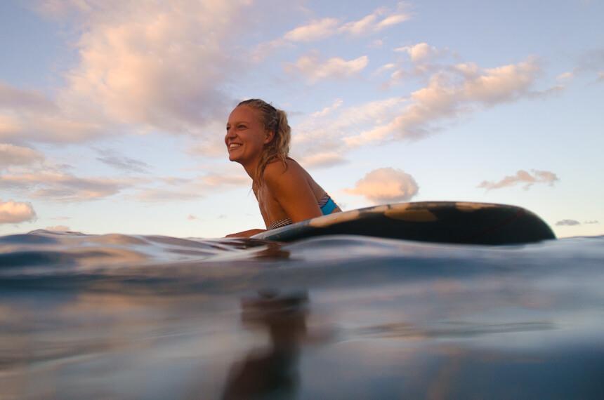 Sarah Zahn im Lineup - endlisch wieder surfen!